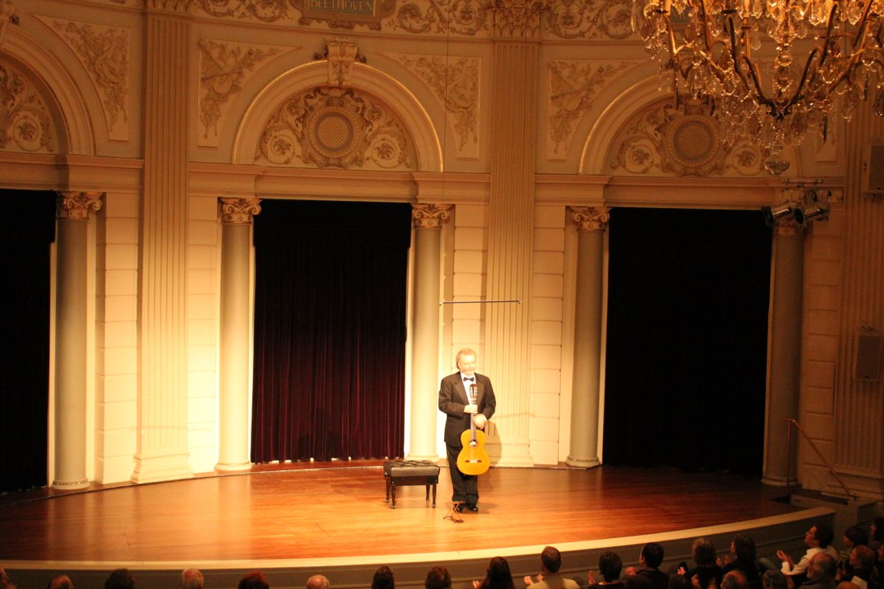 manuel barrueco concertgebouw amsterdam
